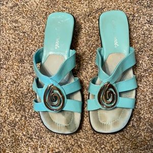 Easy Street Turquoise Sandals Silver Accent Sz 8W